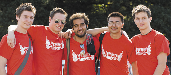 Reading University Students' Union's Freshers Angels are here to help you find your feet in your first weeks at the University of Reading